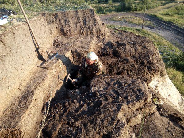 Масютин на раскопках ихтиозавра