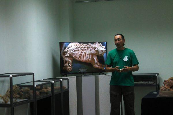 3 - Владимир Масютин на открытии выставки