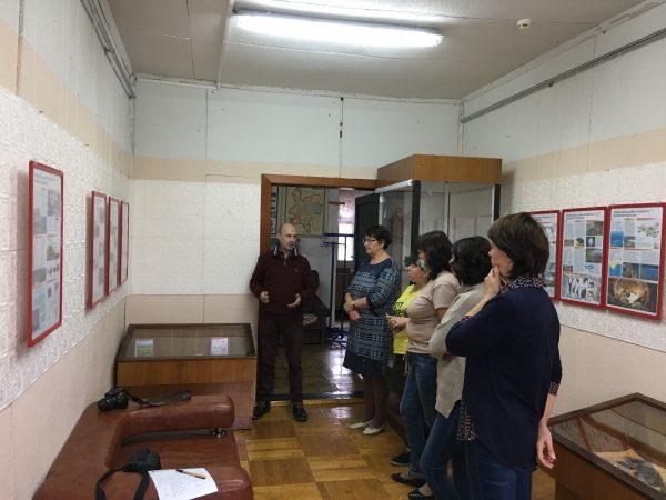 5 - Скворцов проводит экскурсию для сотрудников музея